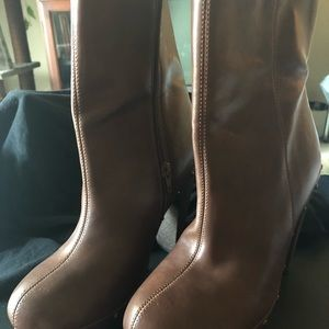 Heeled platform booties. Fashionable & Hot!